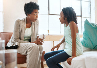 Mom has serious talk with teen daughter