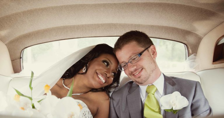 newlywed-couple-reasons-to-get-married